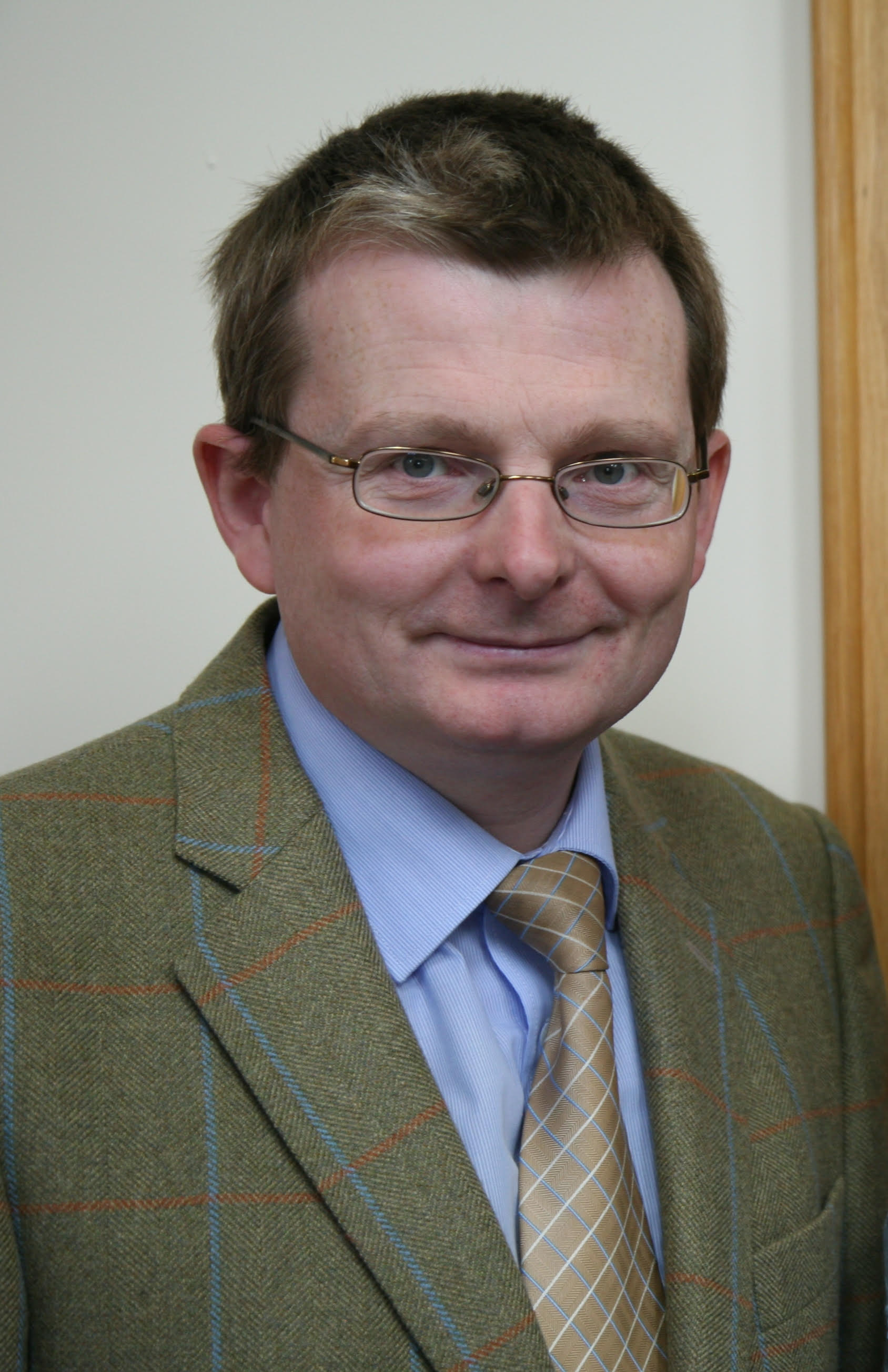 William Roulston - Dr William Roulston has been the Research Director of the Ulster Historical Foundation since 2006. He holds PhD in Archaeology from Queen's University Belfast. His books include Researching Scots-Irish Ancestors, 1600-1800 (2005), Restoration Strabane, 1660-1714 (Dublin, 2007) and Abercorn: The Hamilton's of Barons Court (Belfast, 2014). He is a Member of Council of both the Presbyterian Historical Society of Ireland and the Belfast Natural History and Philosophical Society, and is a Fellow of the Society of Antiquaries of Scotland.