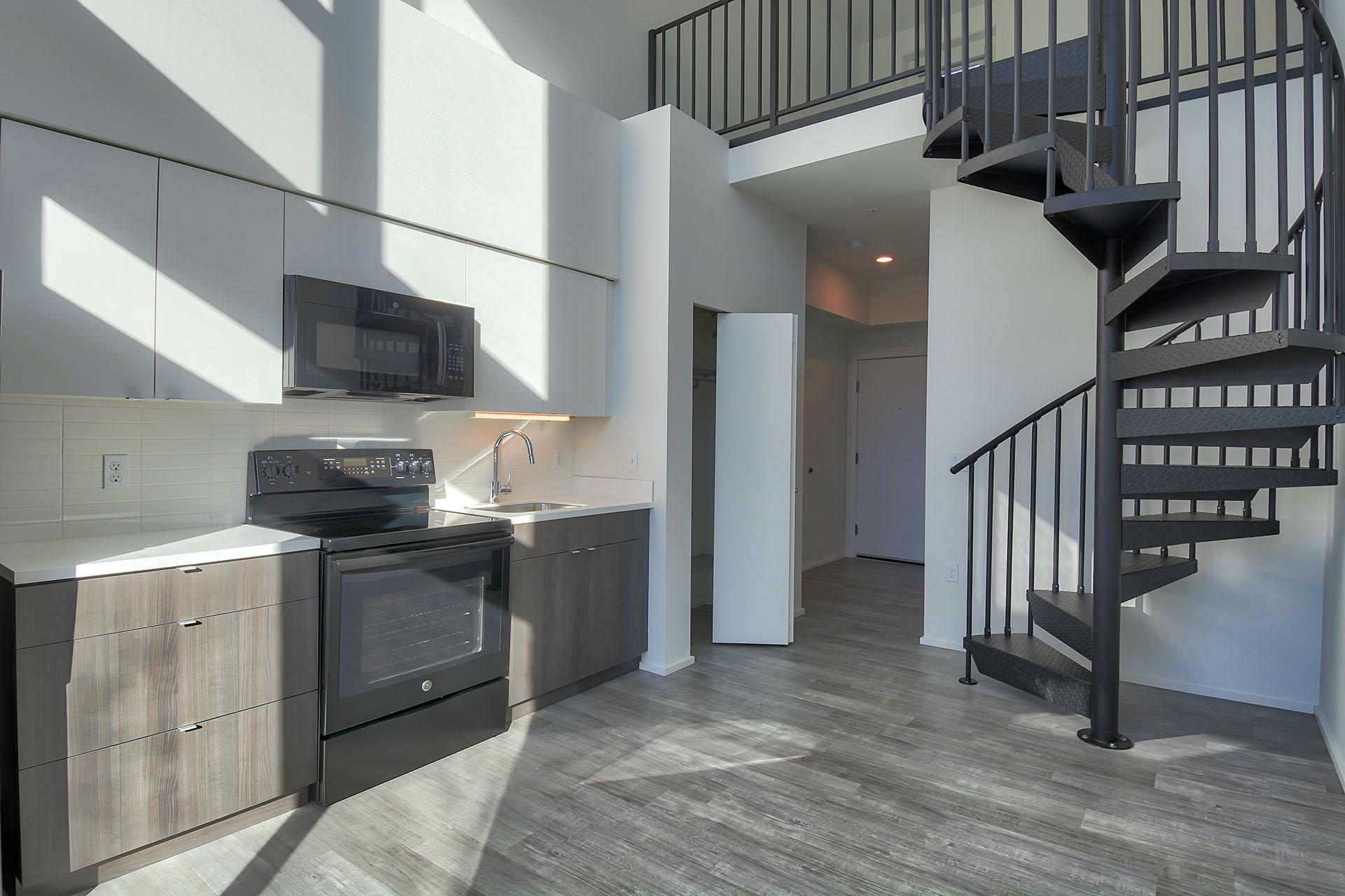 1404 Staircase.jpg
