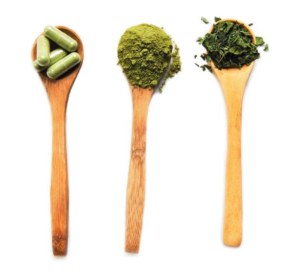Moringa-leaves-powder-capsule-whiter1.jpg