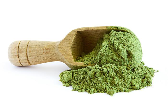 moringa-oleifera-powder-picture-id690456968-jpm.jpg