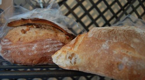 776b47fe8f3f4daa-breads.jpg