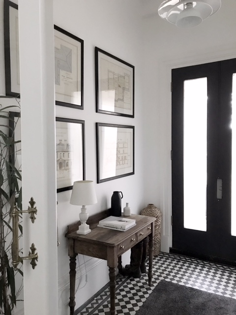 Susannah has framed and hung the original architects drawings in the beautifully restored hallway.