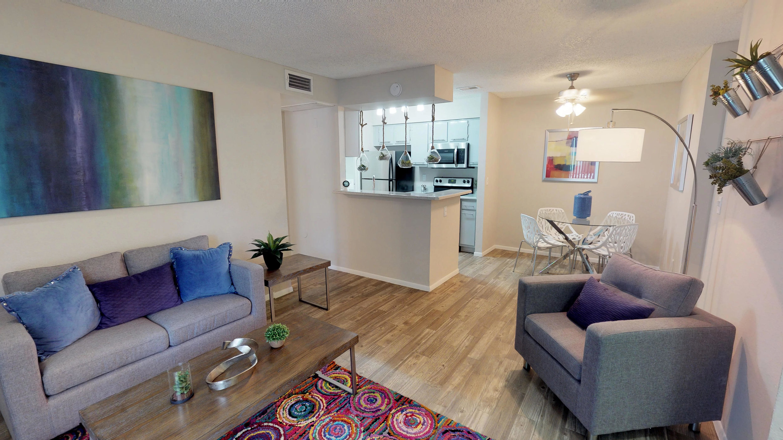 rtV51XHdx1s - Living Room #1 110(4).jpg