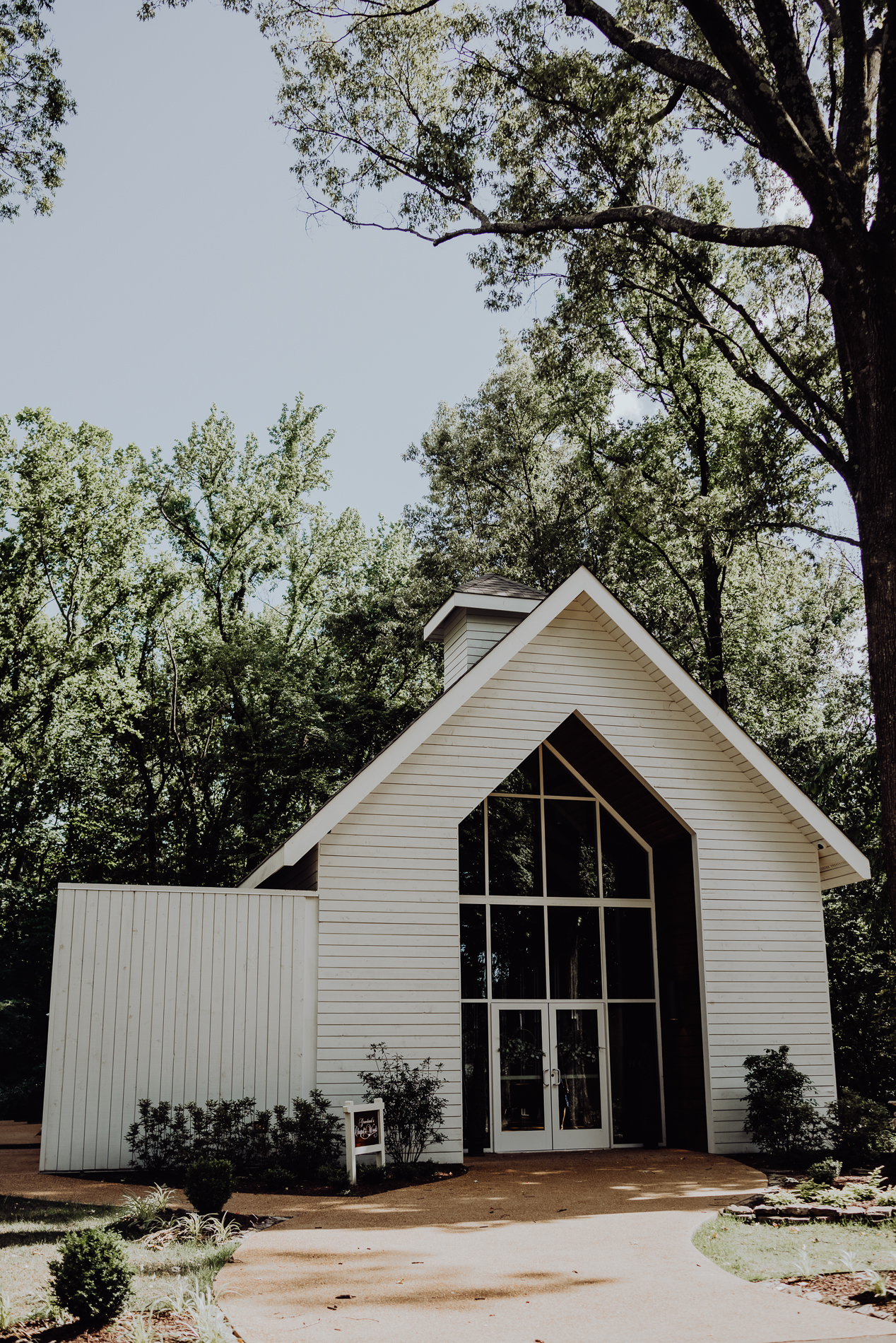 julia and dennis wedding at graceland by wilde company-101.jpg