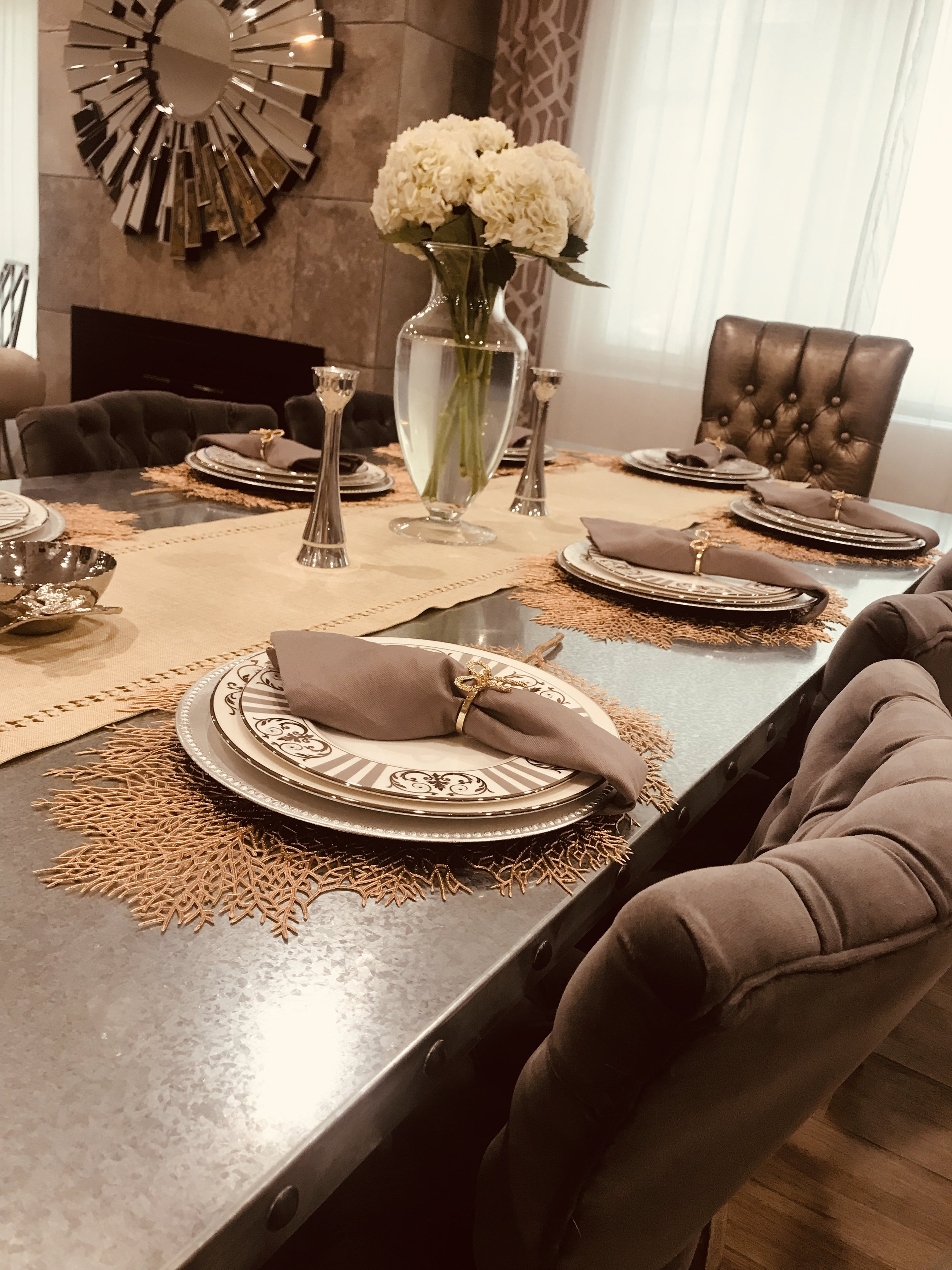 Make sure to add some flowers to your table to complete the look!
