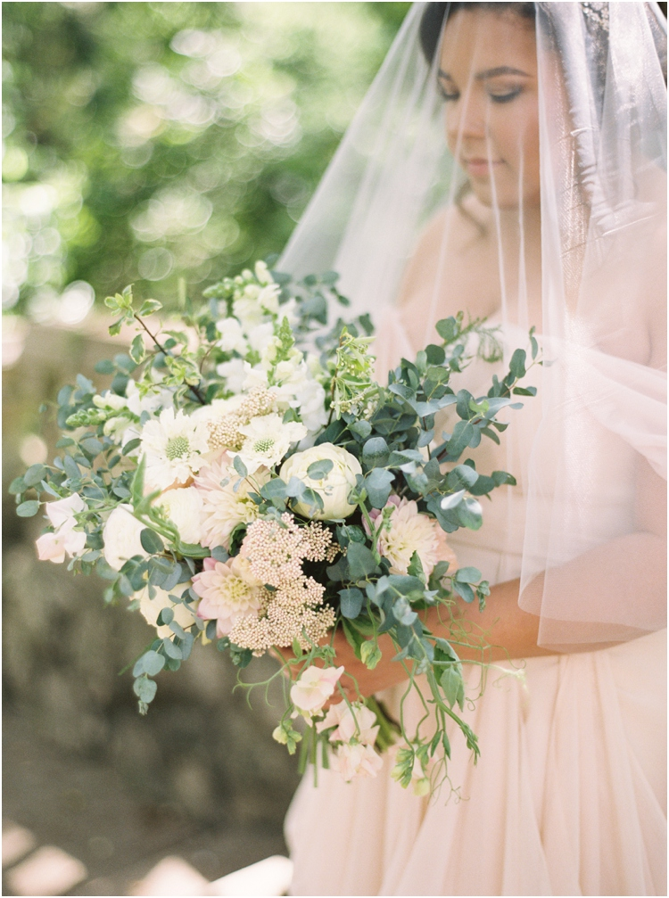 Laguna-Gloria-Blush-Gown-Bridals183.jpg