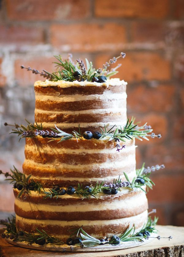 Vickie and Liam's beautiful rustic country barn wedding is simple, elegant and stylish_ With jam jar candles, hessian table runners and dried lavender.jpeg