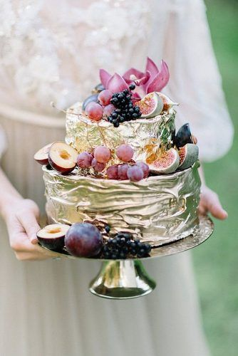 Amazing wedding cakes are chance to express yourselves, come up with wedding colors and to add a part of you_ We propose to consider the latest modern ideas.jpeg