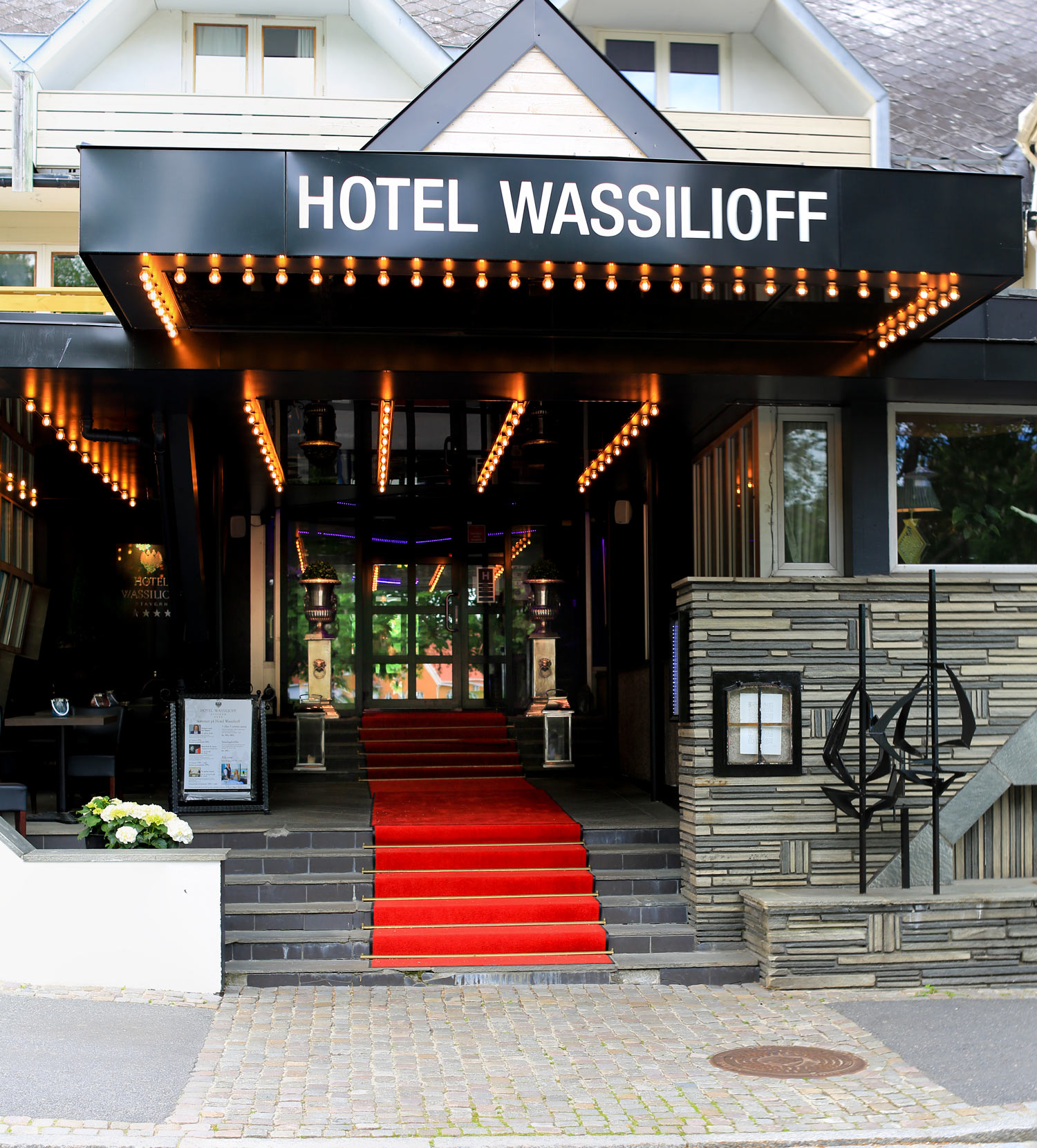 wassilioff-kkhinngang-Untitled_Panorama1.jpg