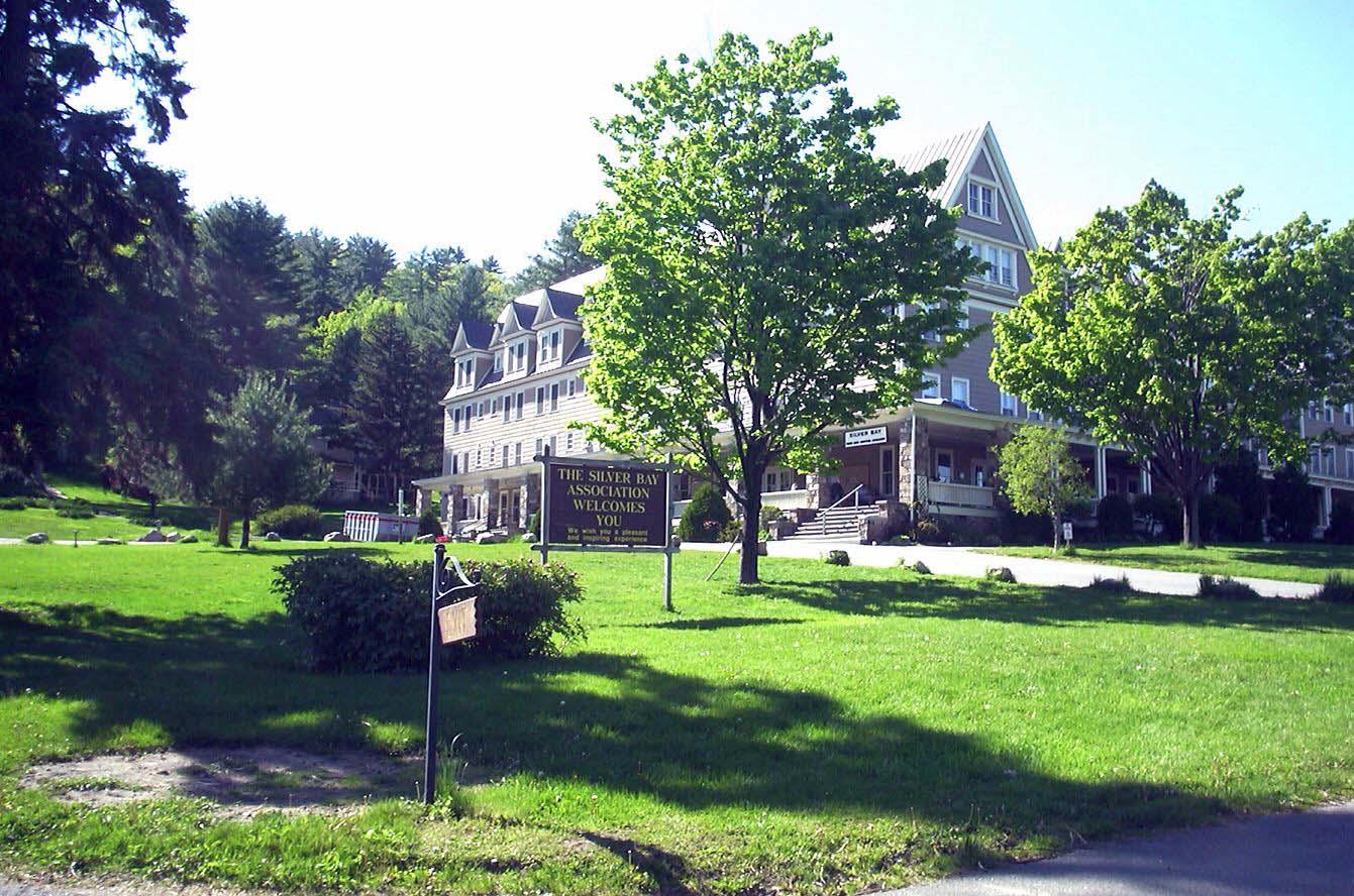 SS_Silver Bay Inn.jpg