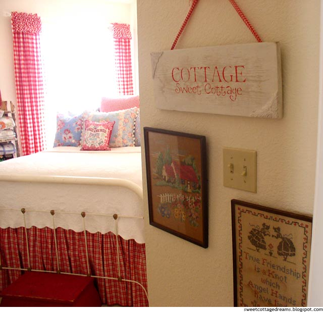 Guest Room at Sweet Cottage Dreams