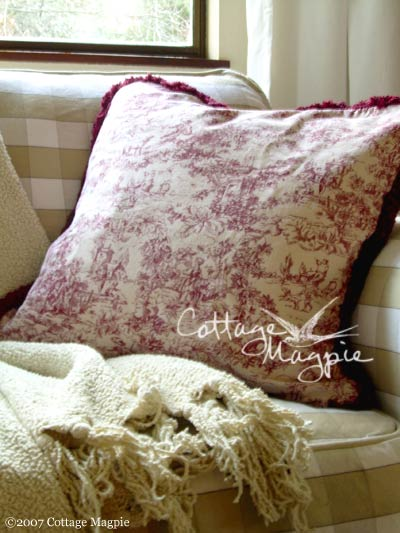 Christmas Pillow Giveaway, Day 5