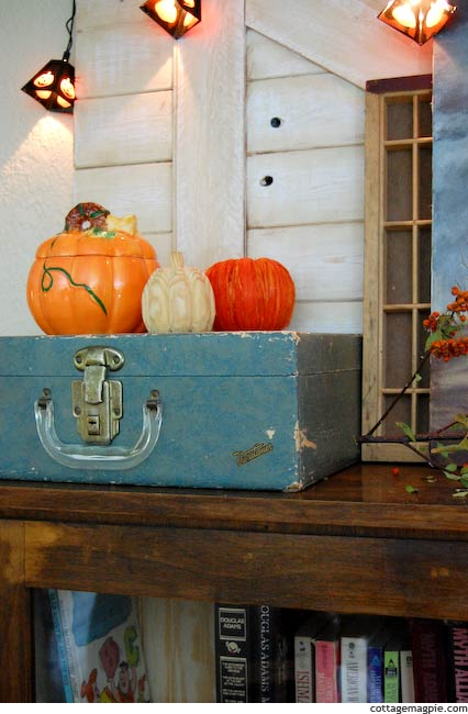 Distressed and Vintage Fall and Hallween Mantel
