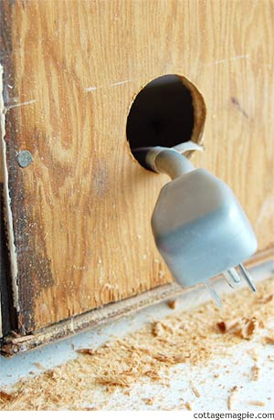 How to Drill a Cabinet Access Hole via Cottage Magpie