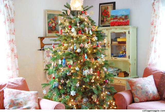 Christmas Tree via Cottage Magpie