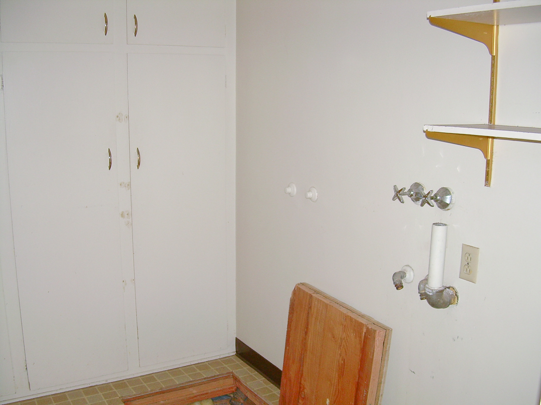 Pear Tree Cottage - Laundry Room Before - via www.cottagemagpie.com