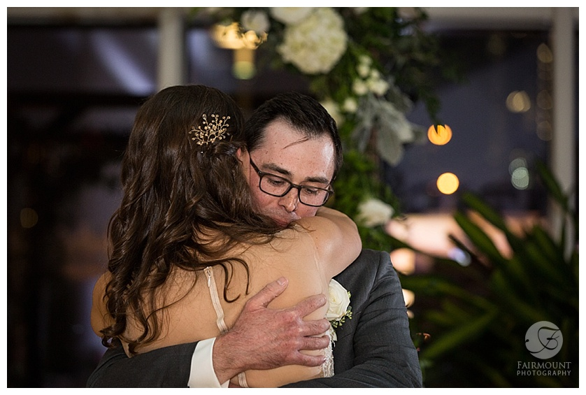 31-Fairmount-Photo-JG-Domestic-Wedding-.jpg
