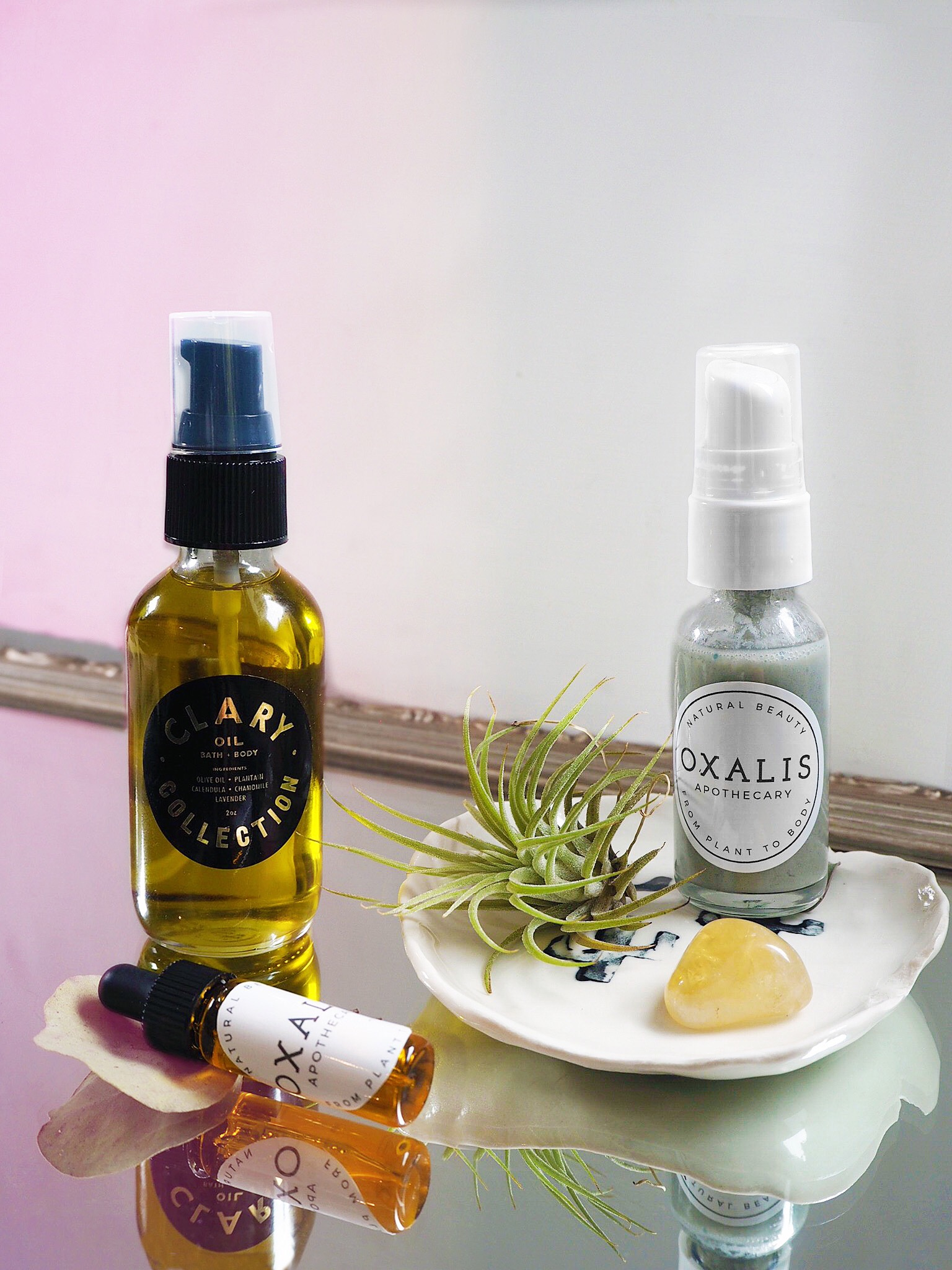 All-Natural Beauty Bag essentials by W+W