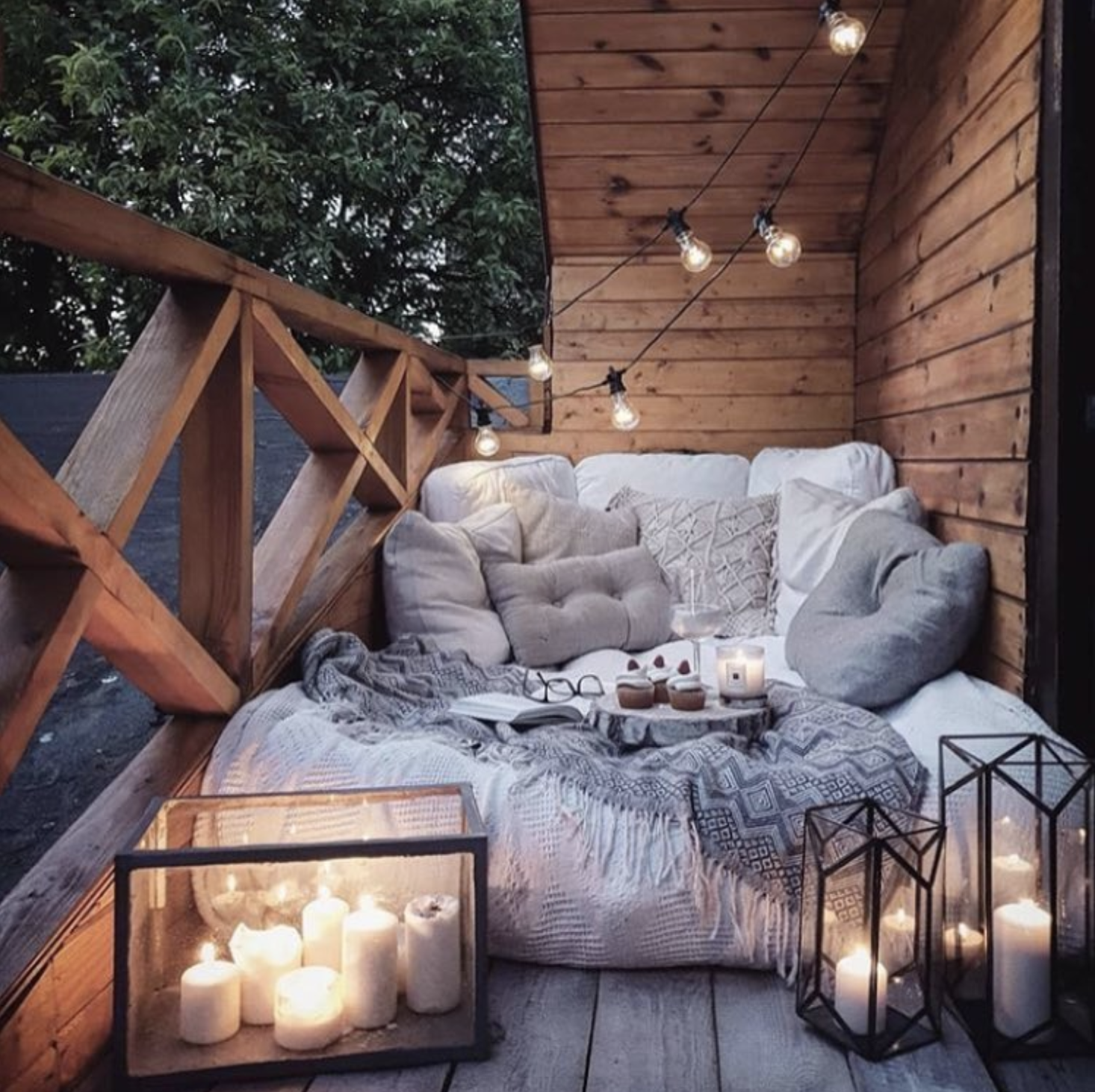SpaceyStudio_OutdoorBalconyDesignStyling