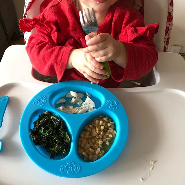 Scenes from Lily's dinner while her mama was speaking at an event: Chilean sea bass, farro, kale. When your toddler's dinner is fancier than yours #nutritionistproblems #tinytaster #futurefoodie #babyfoodie #toddlereats #momlife #kidfood #dinnertime