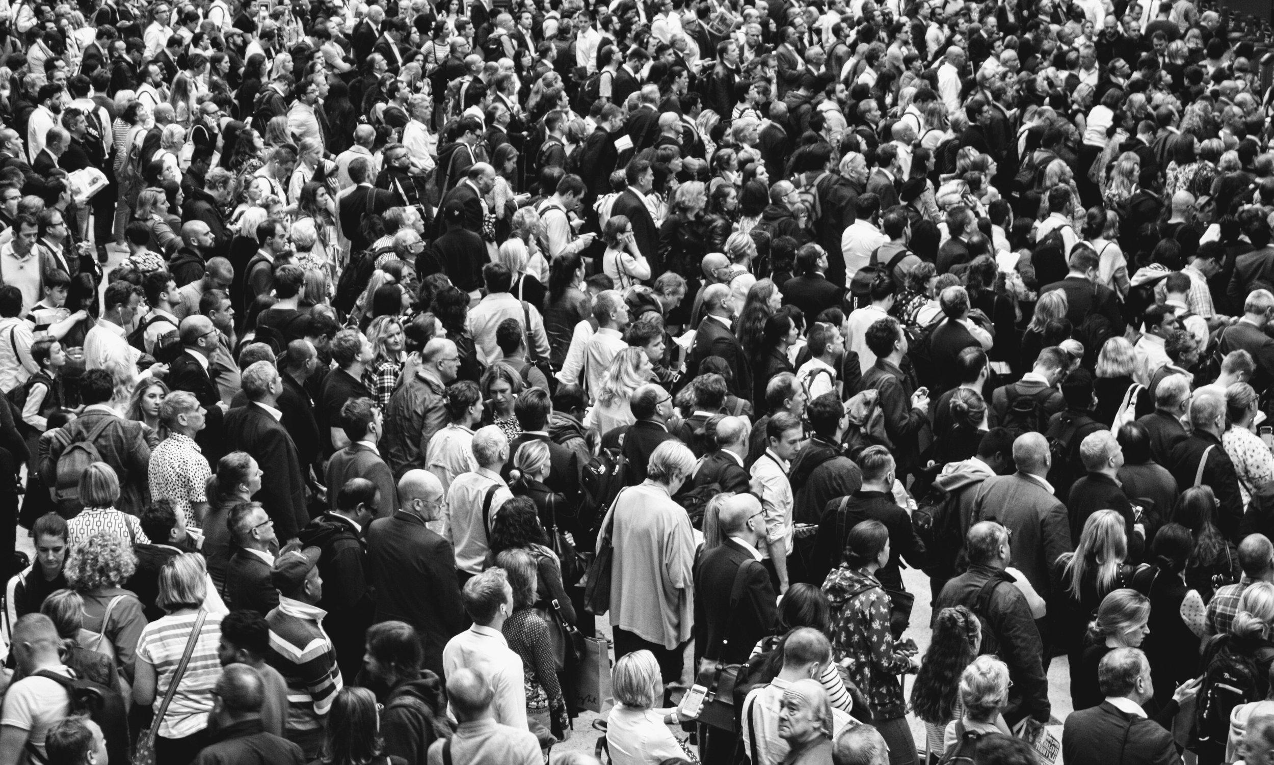 crowd_fomo.jpg