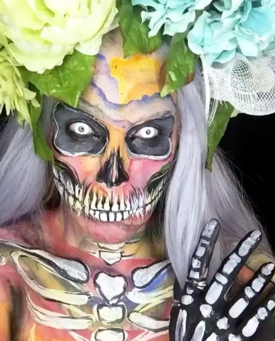 Face_and_body_art_skeleton