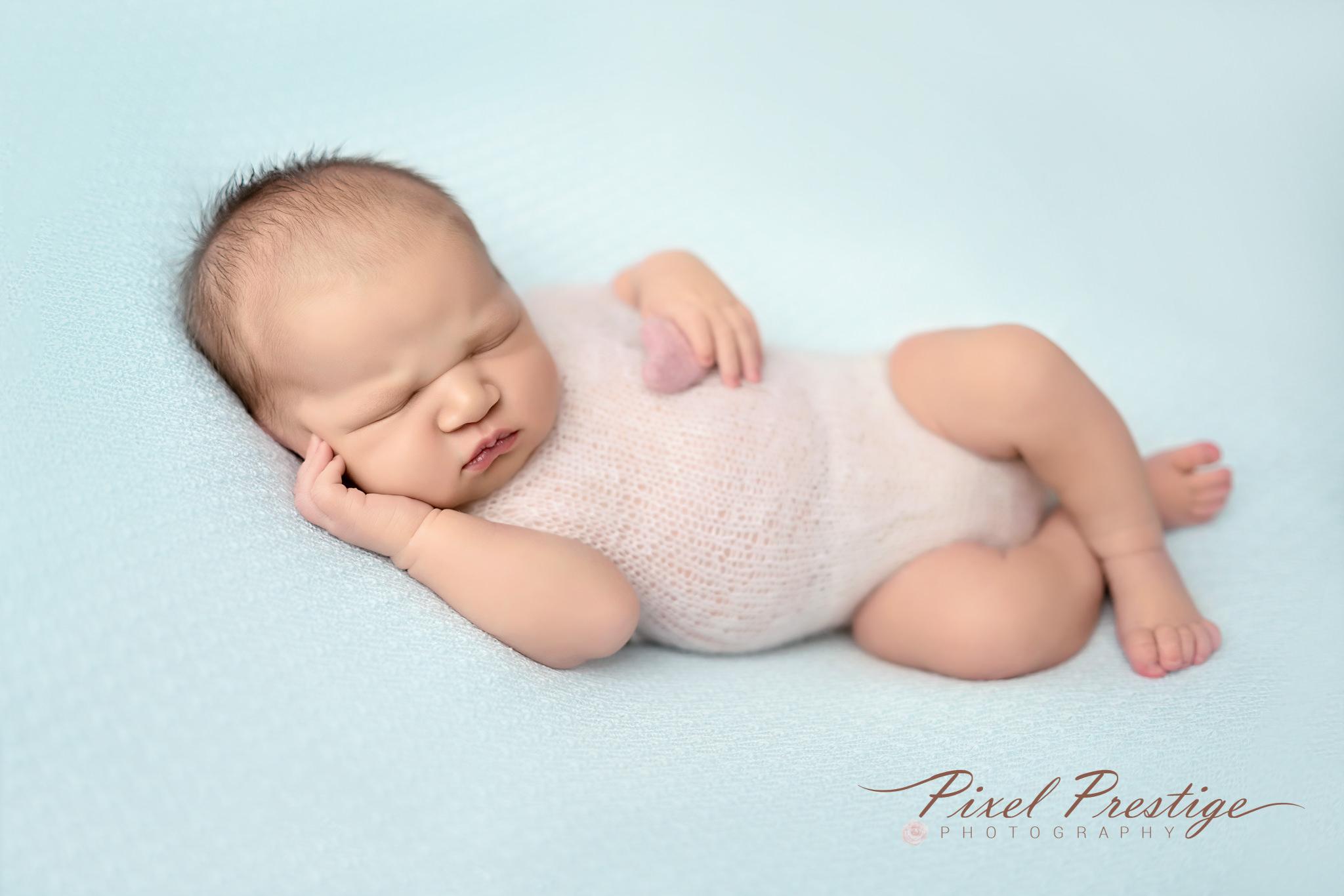 Everly newborn session (57).jpg