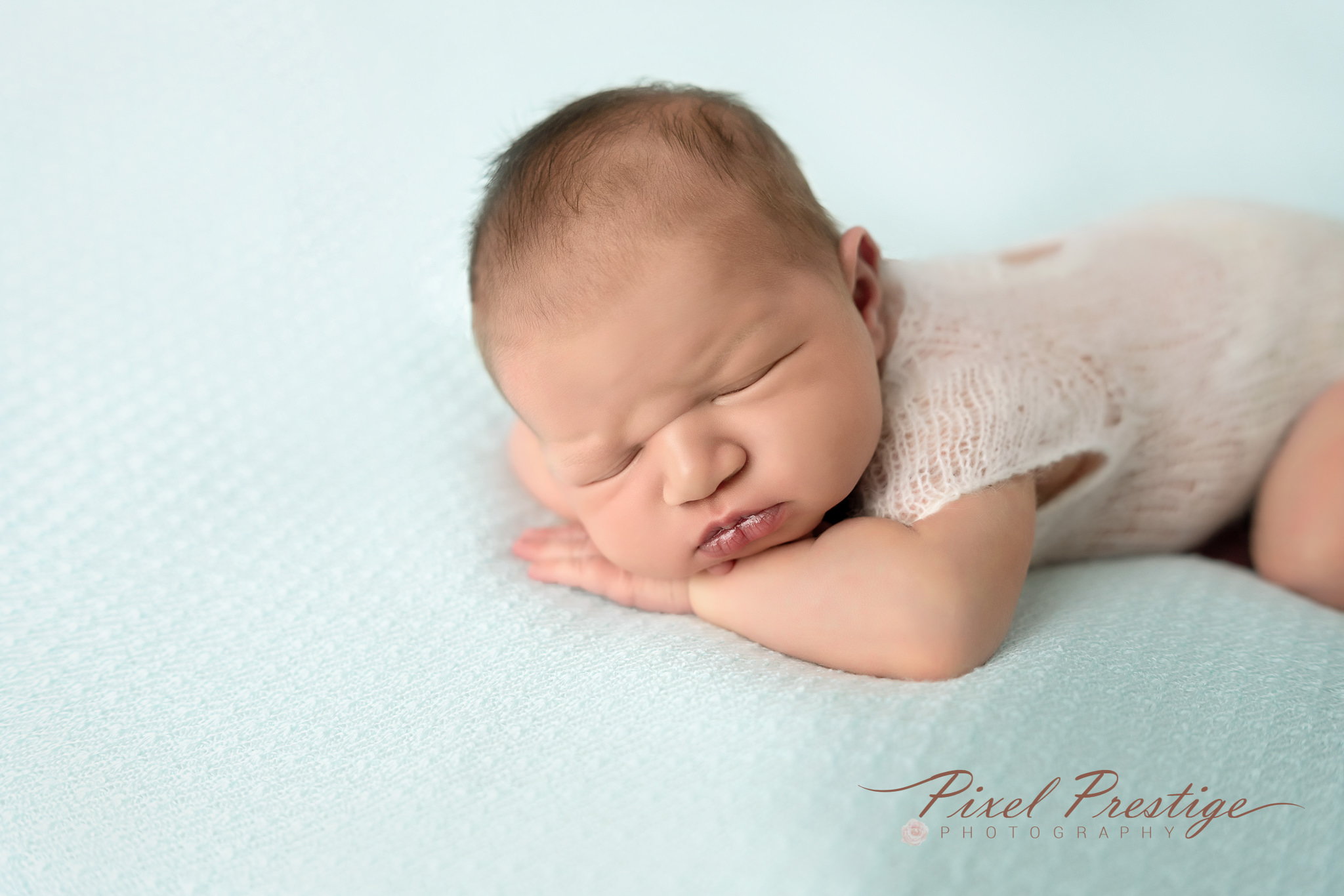 Everly newborn session (69).jpg