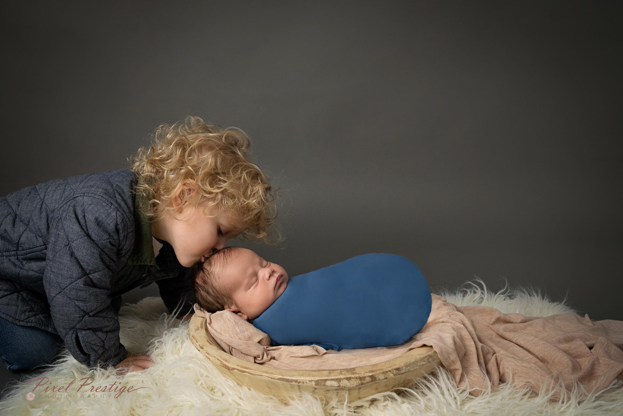 Pereira newborn session Knoxville (15).jpg