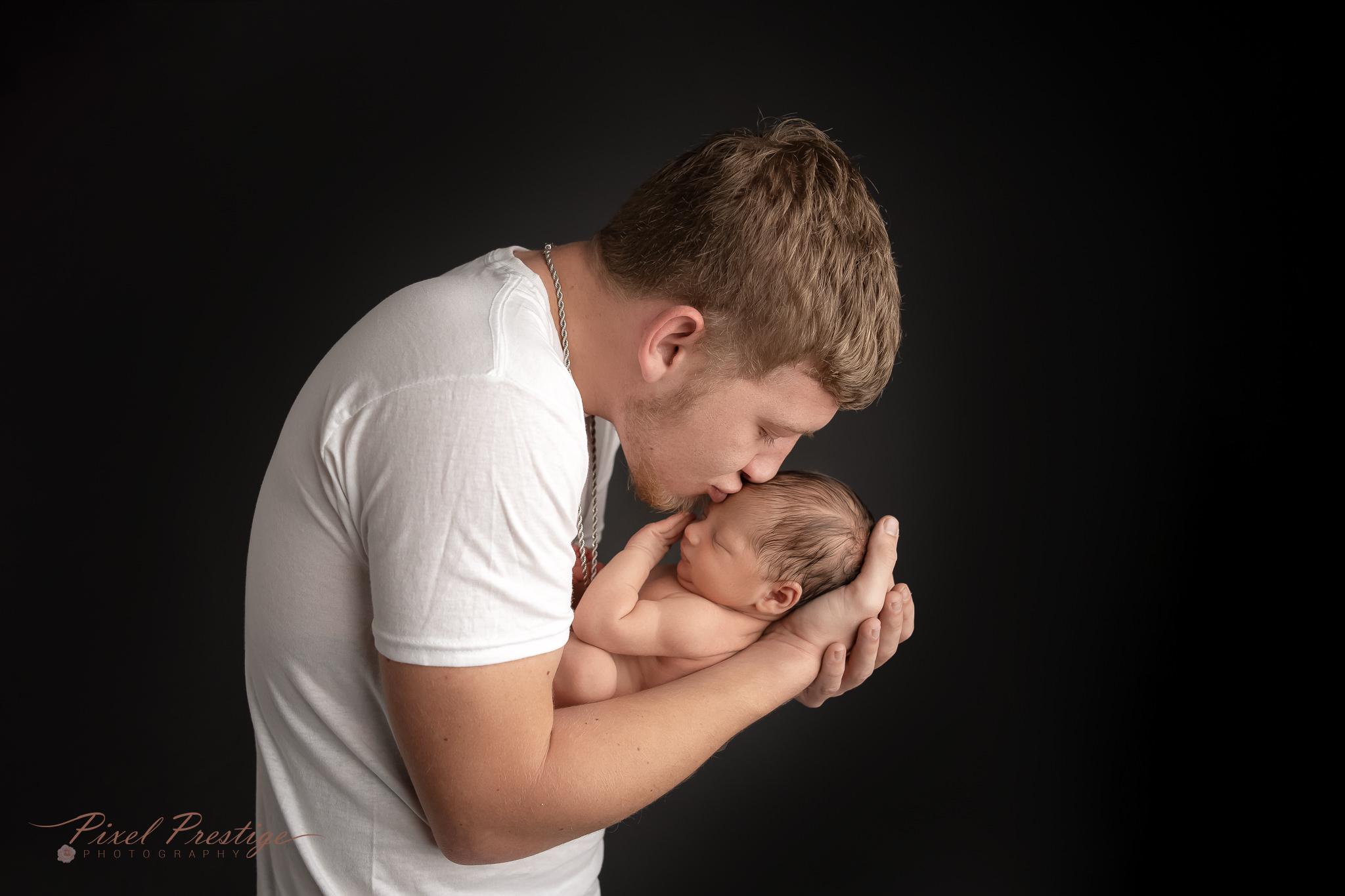 Harper newborn baby knoxville session (17).jpg