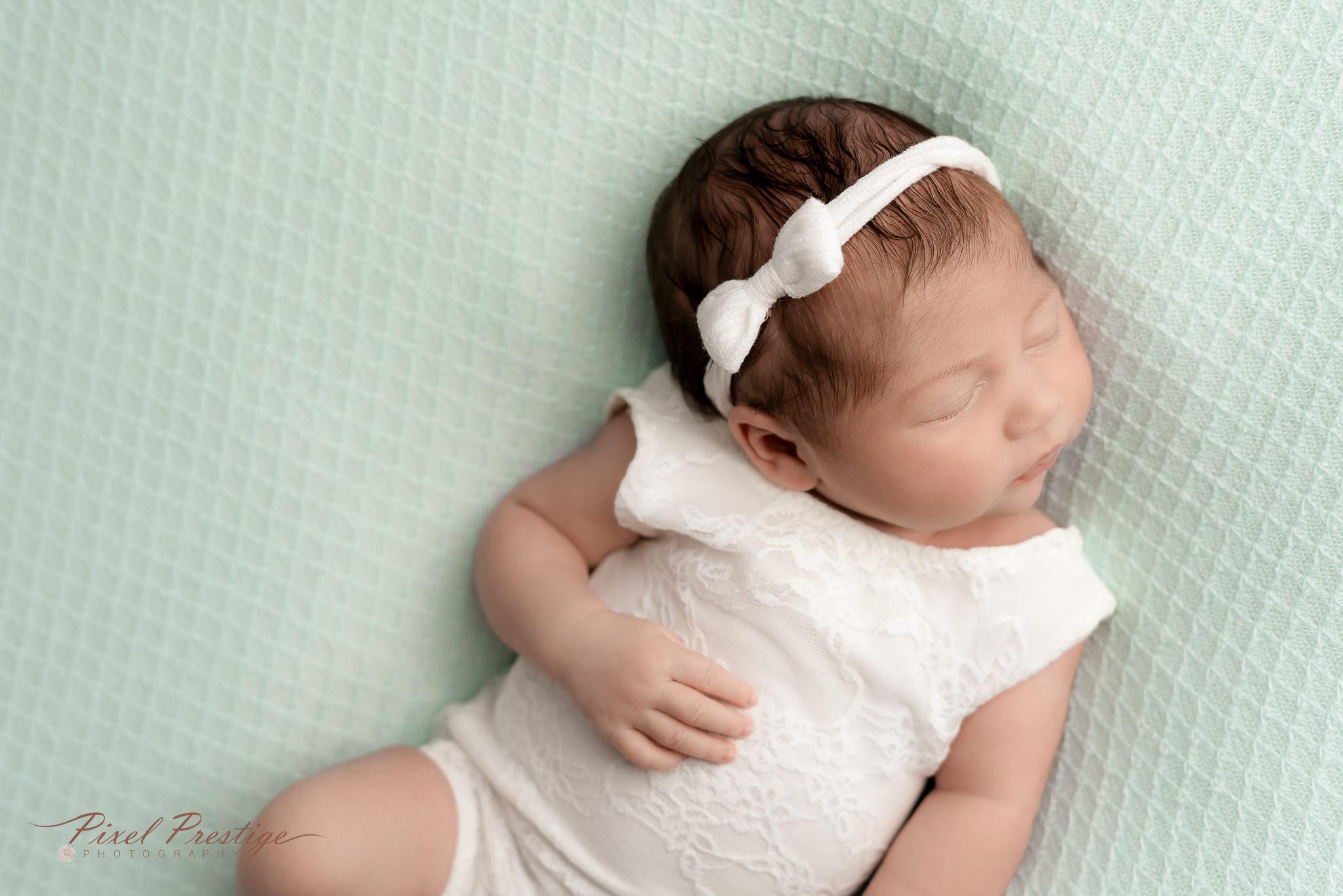 Harper newborn baby knoxville session (85).jpg