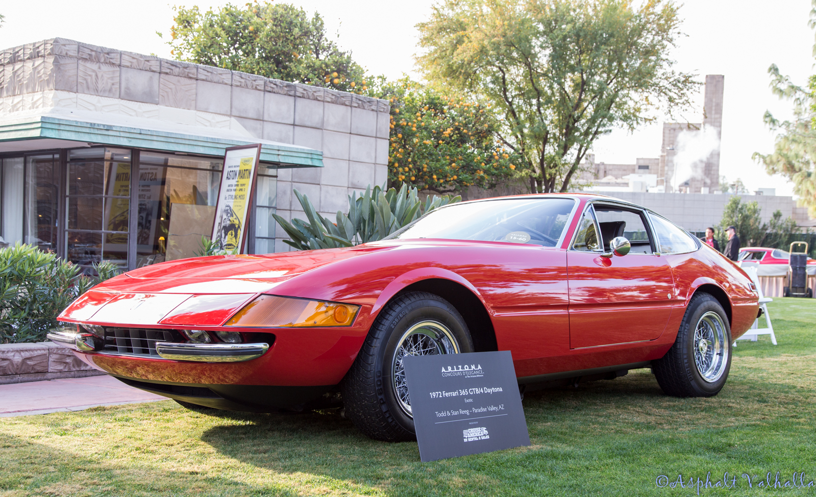1972-Ferrari-365-GTB-4-Daytona-Concours.jpg