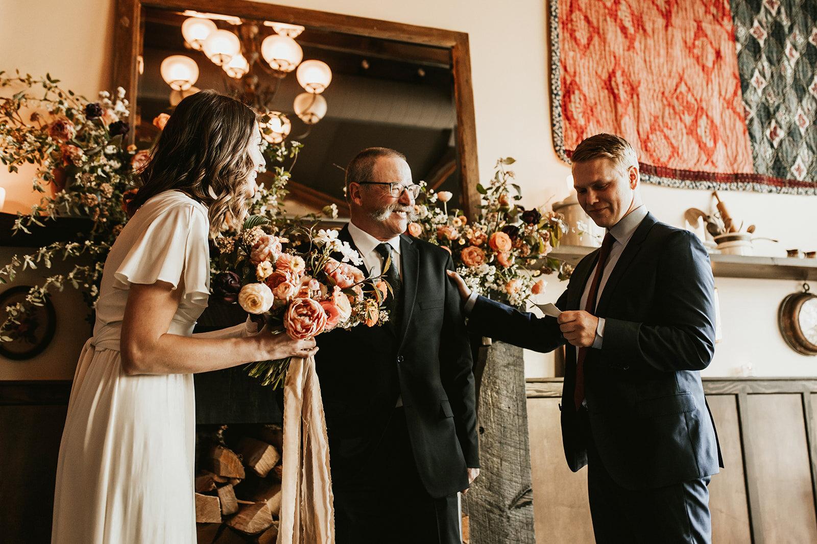 elder-hall-intimate-wedding-223_websize.jpg