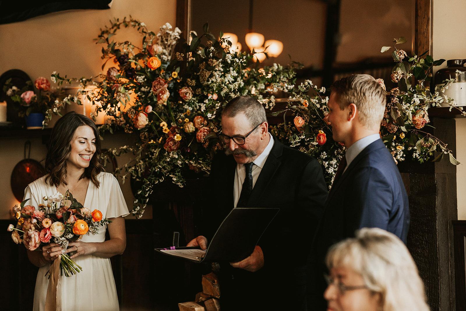 elder-hall-intimate-wedding-213_websize.jpg