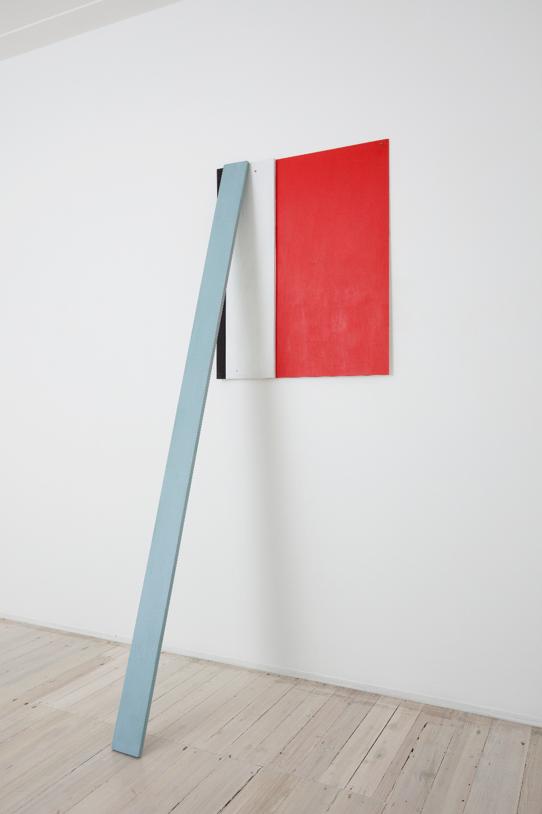 SIMON BLAU  Prop for Red  2011 acrylic on mdf and timber 239 × 81 cm