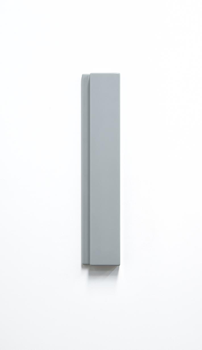 SUZIE IDIENS  Untitled #1  2016 polyurethane board 70 × 14 × 5 cm
