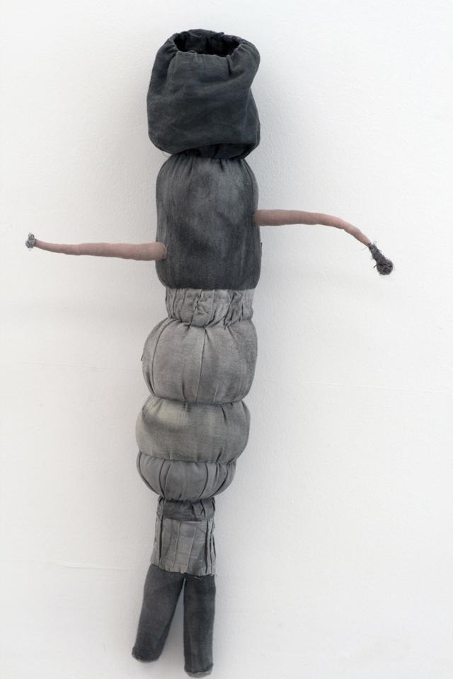 JADE PEGLER  Blinder  2015 57 ×32 × 12 cm