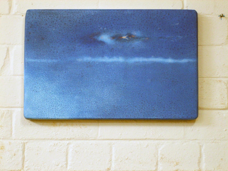 ADAM NORTON  UFO Tray 2 2006  acrylic and enamel on steel 30 ×47 cm