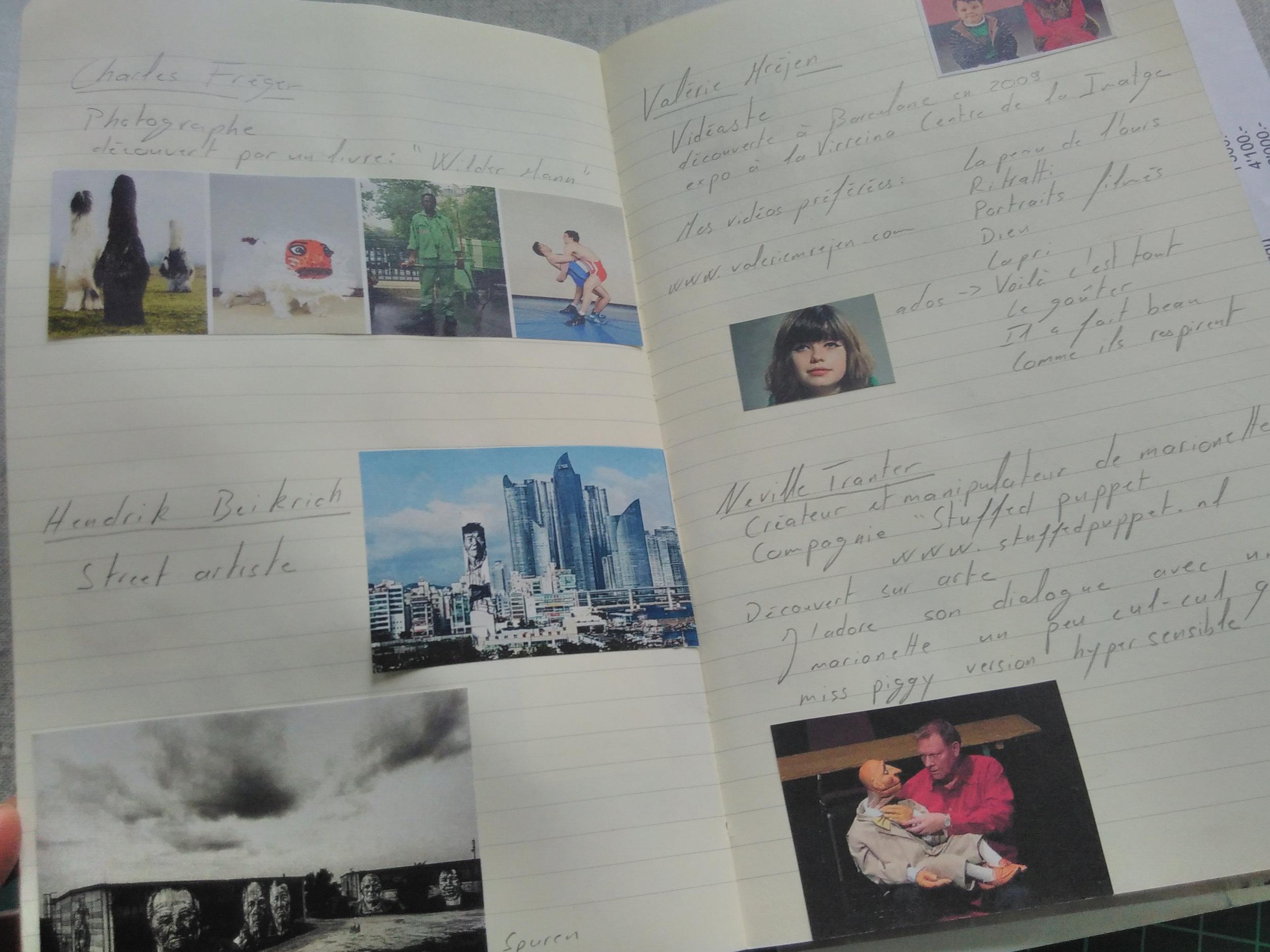 J'ai toujours des cahiers, je les commence et je ne les fini pas, mais je les garde toujours précieusement.