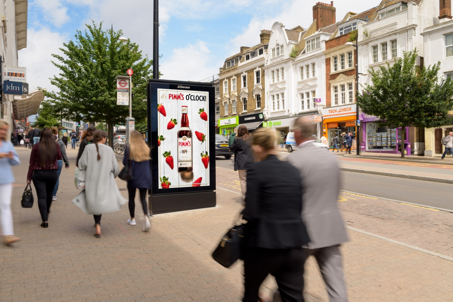 A JCDecaux Digital 6 Sheet which would be the selected outdoor format for VIOOH Campaigns.