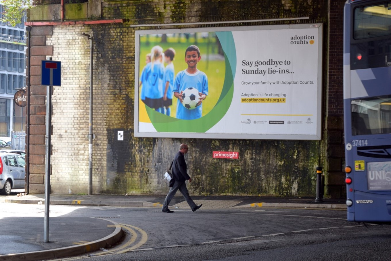 BILLBOARDS - Billboards excel at raising brand awareness and delivering high impact across a range of locations. Using our industry knowledge and resources, we map each available billboard across the UK and refine your selection based on which will be most suitable for you.