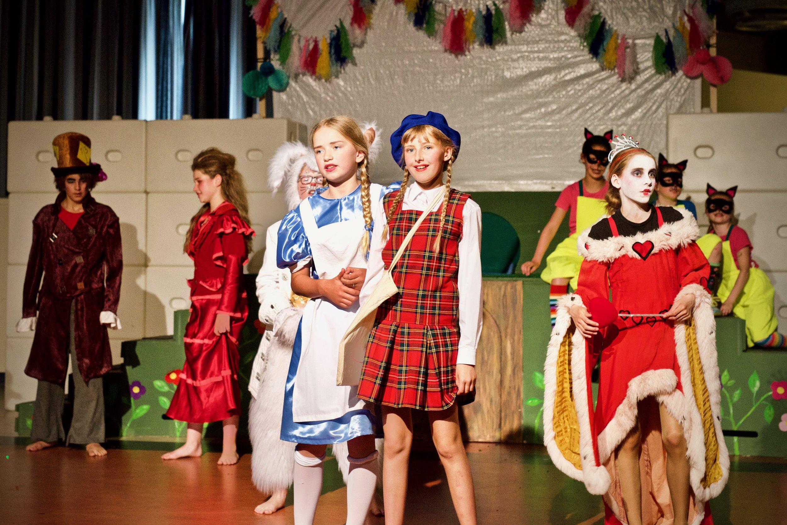 Alice in Wonderland Theaterbende Heiloo - Bedrijfsfotografie x STiP Fotografie