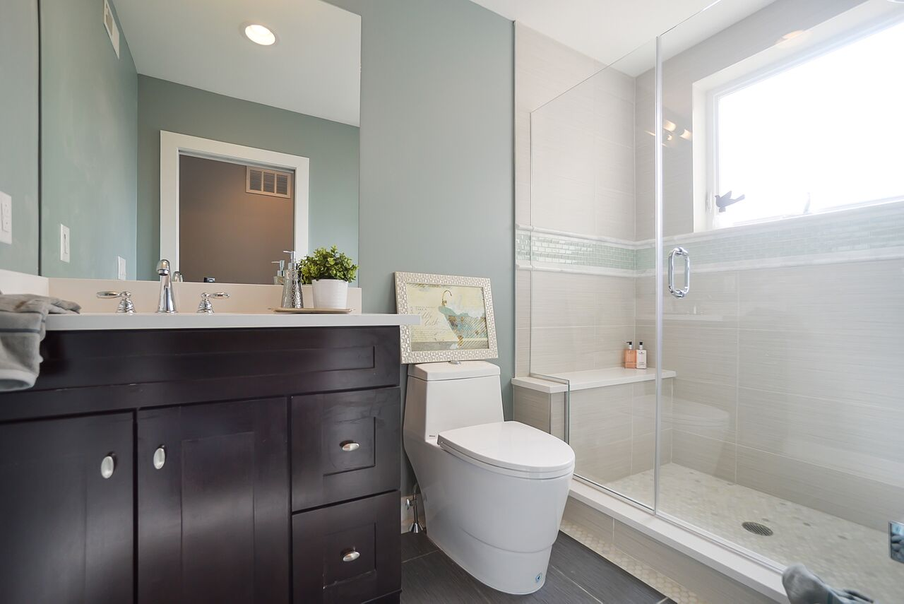 1526_parrish_street_MLS_HID969953_ROOMdsc6849_preview.jpeg