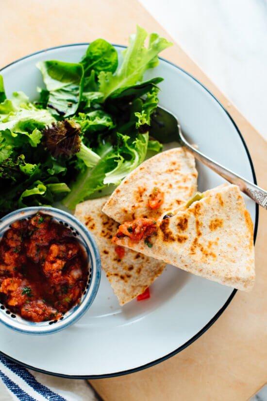 10-minute-quesadilla-recipe-3-550x824.jpg