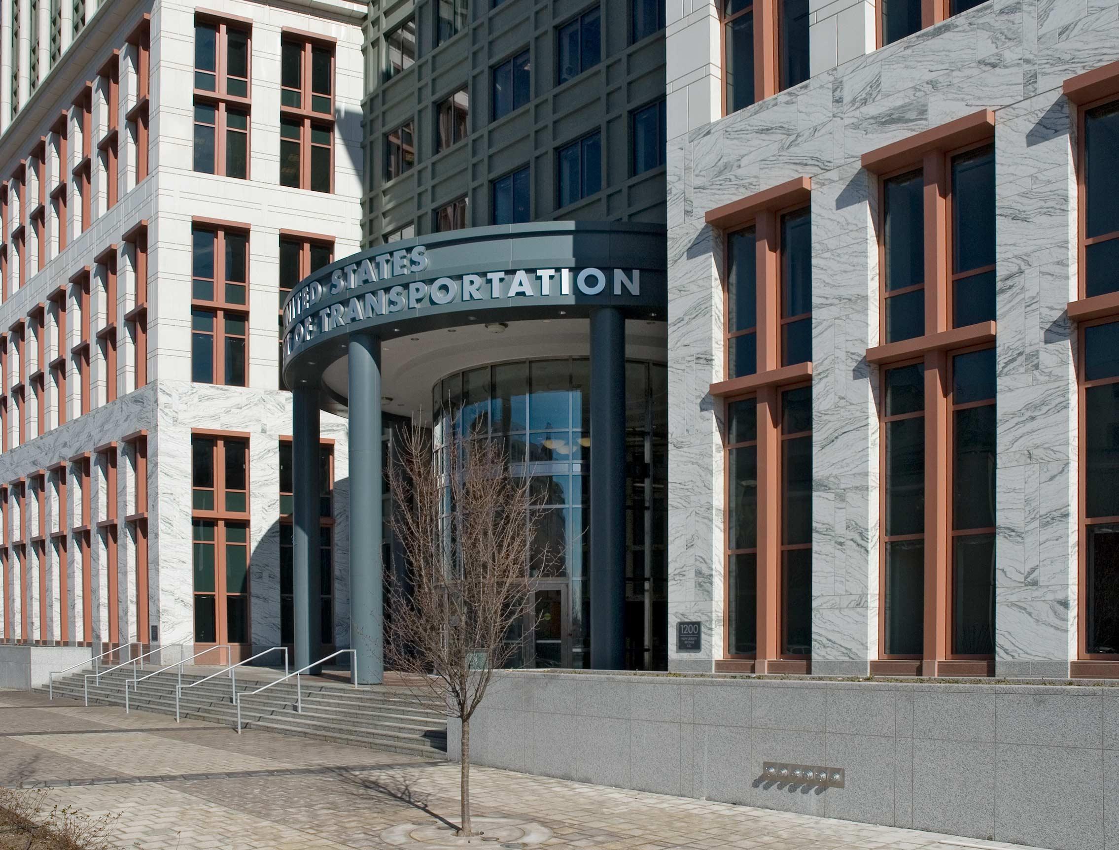 DOT-007-west-entrance.jpg