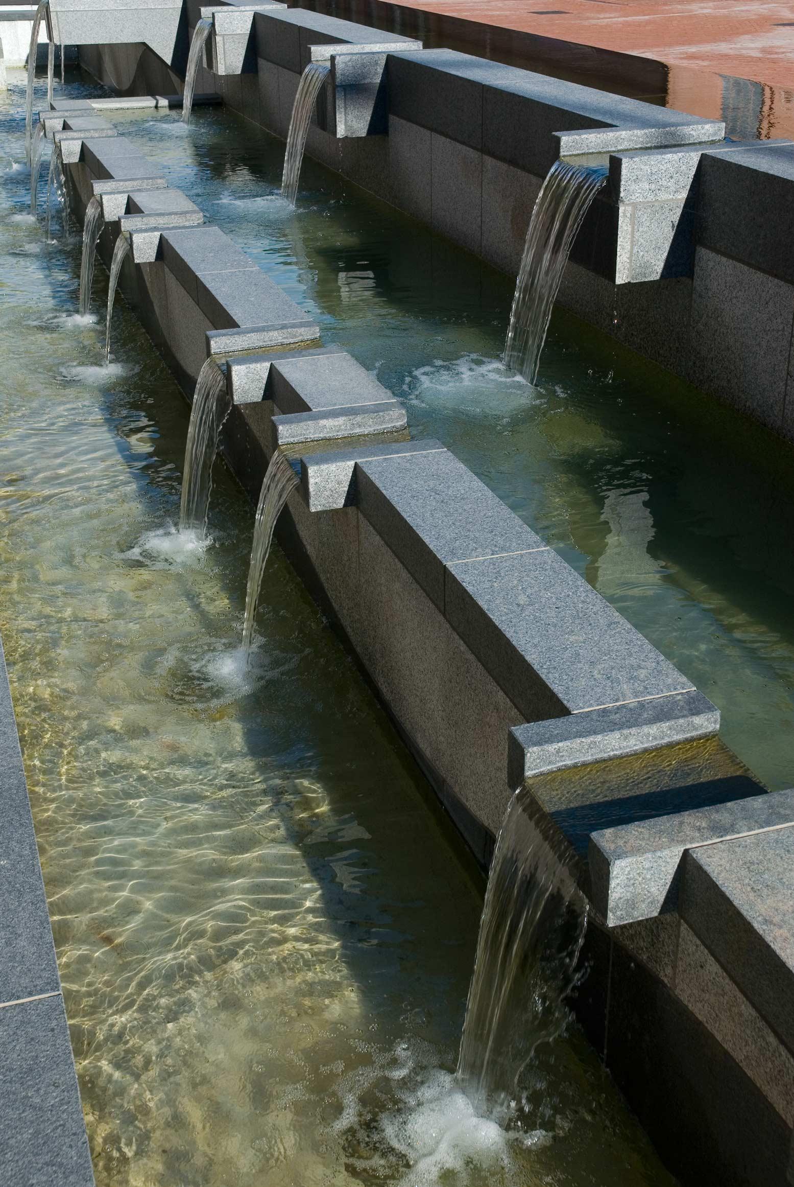 DOT-001-fountain-north-detail-1.jpg