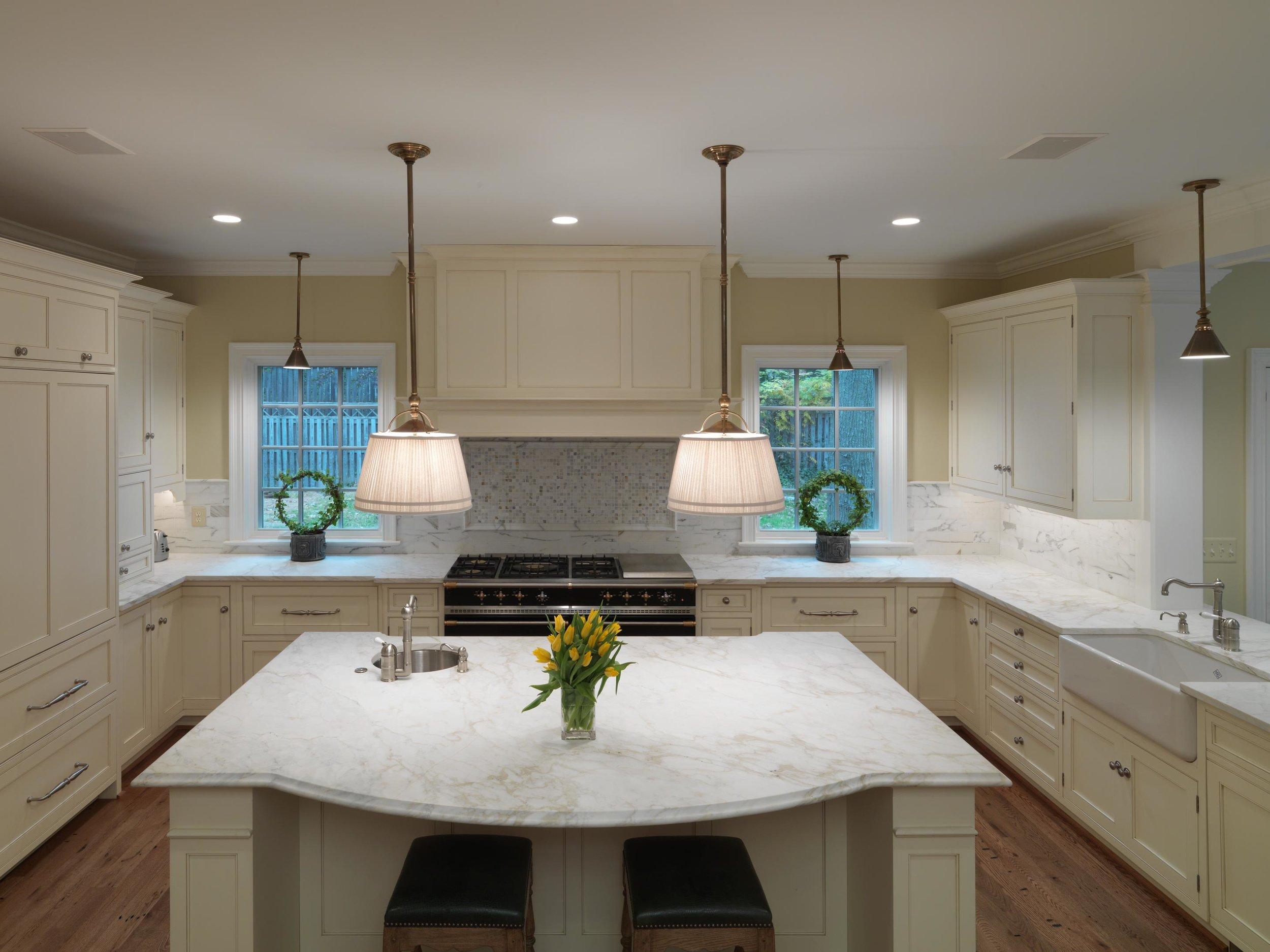 Weaver-kitchen-003-frontal.jpg
