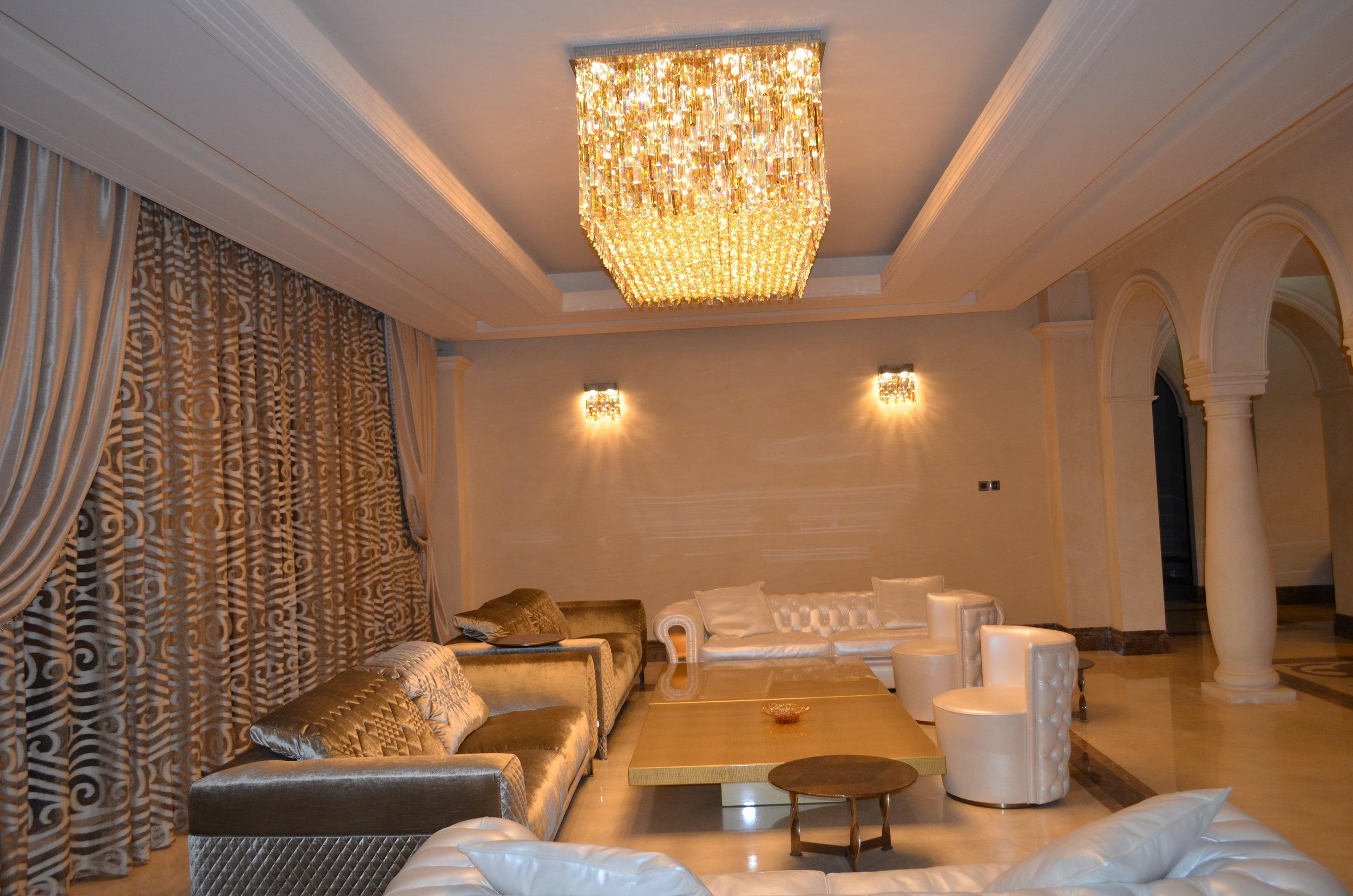 Wranovsky-Dubai-Lobby-2.JPG