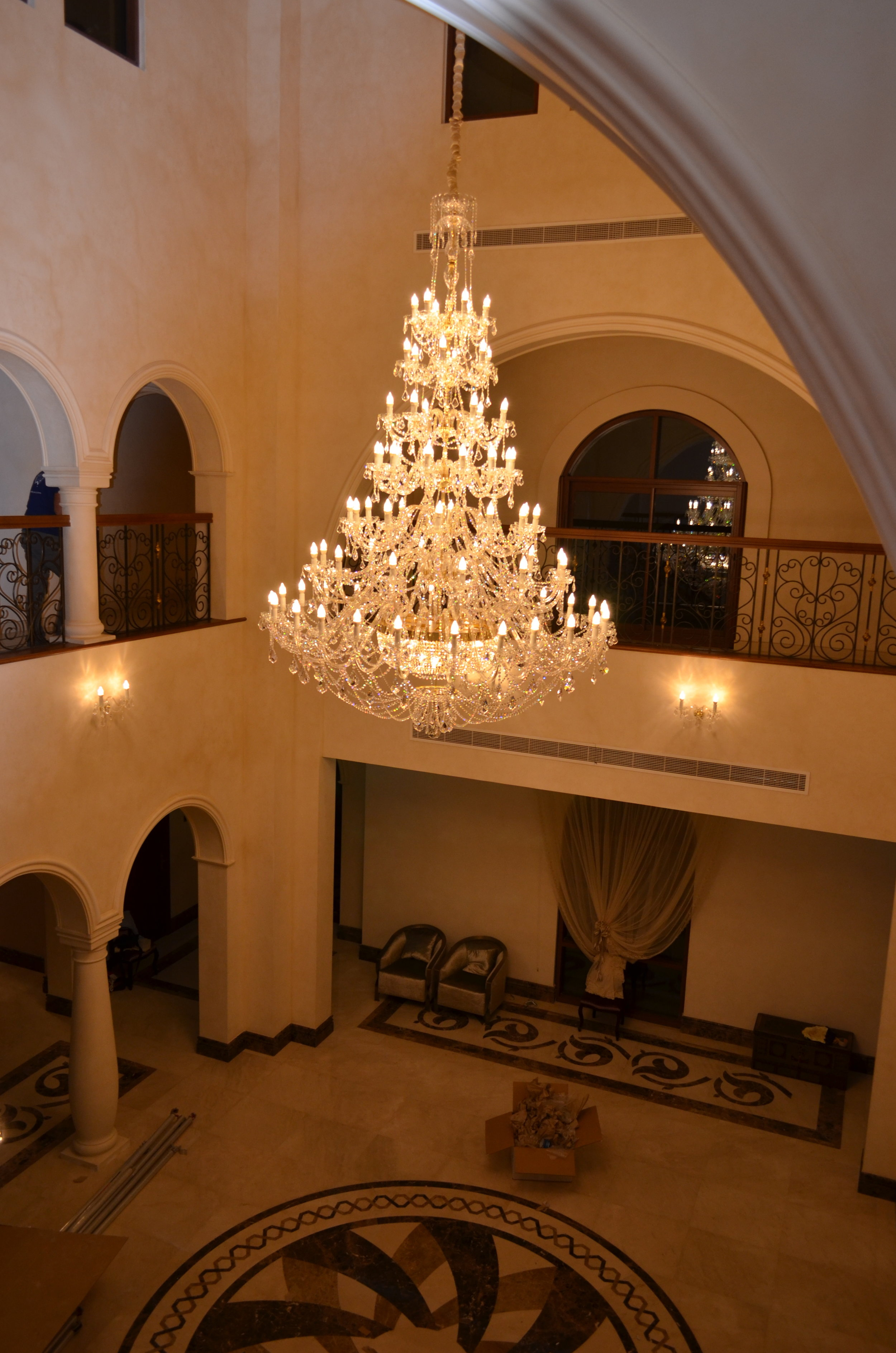 Wranovsky-Dubai-EntranceHall-2.JPG