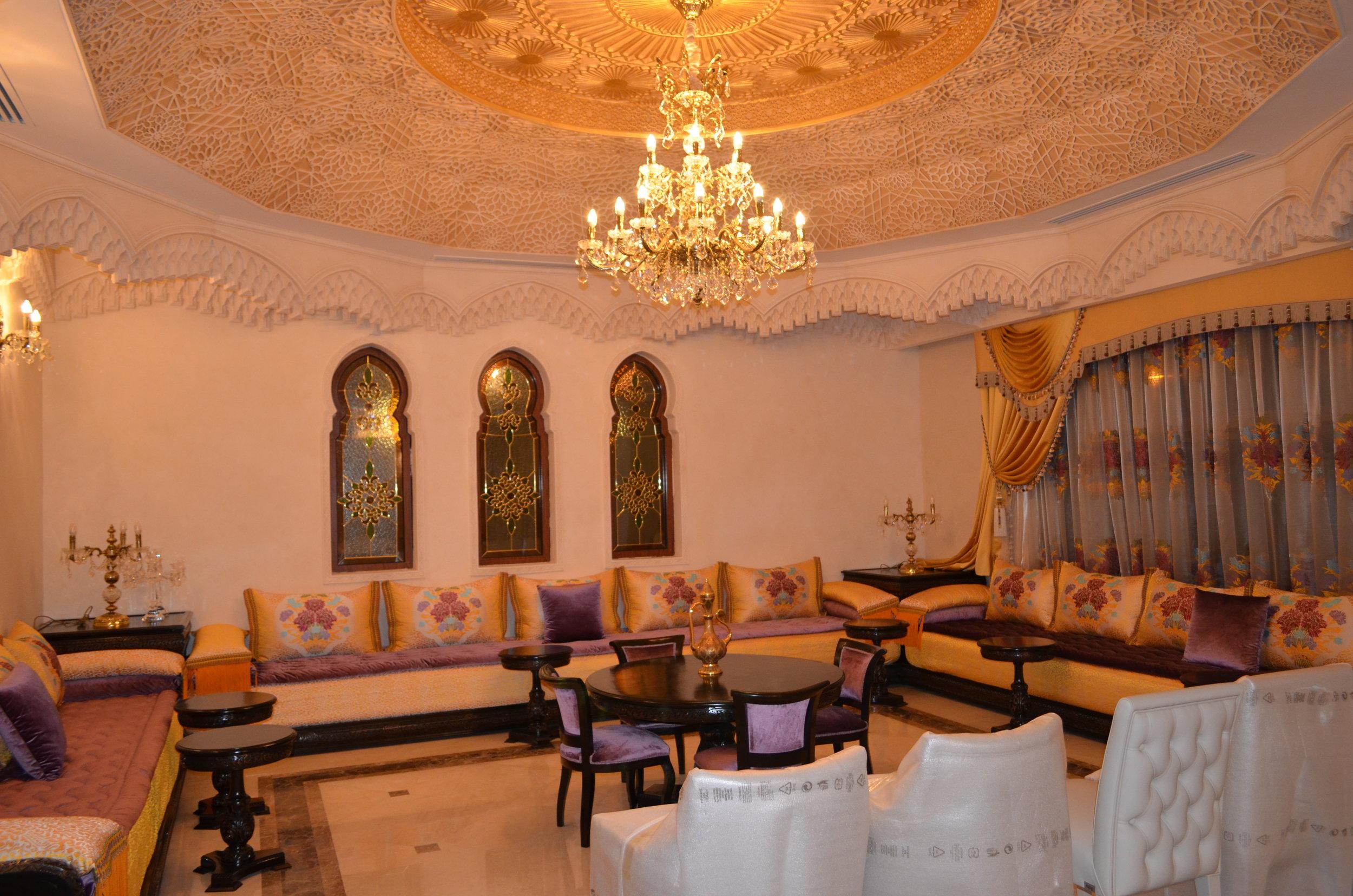 Wranovsky-Dubai-Lounge-1.JPG